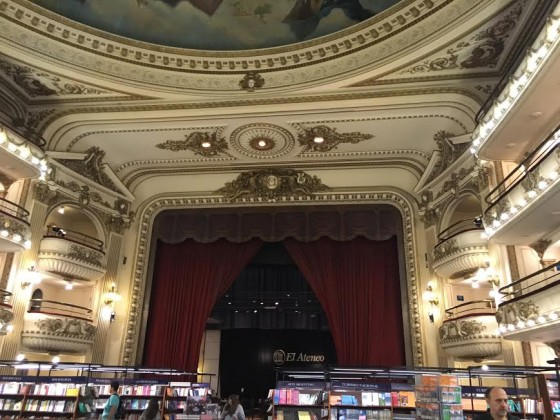 El Ateneo's coffee house.