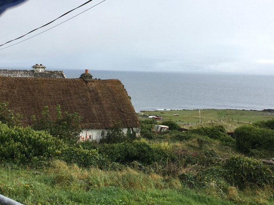 A traditional hut on Inis Oirr. Photo by Jerry Mayfield
